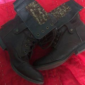 Aeropostale Size 8 Combat Boots